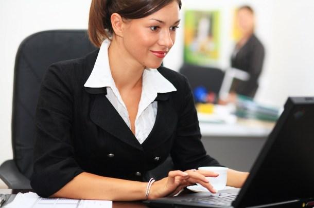 Woman_in office